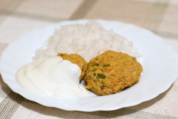 green-salmon-fish-cakes